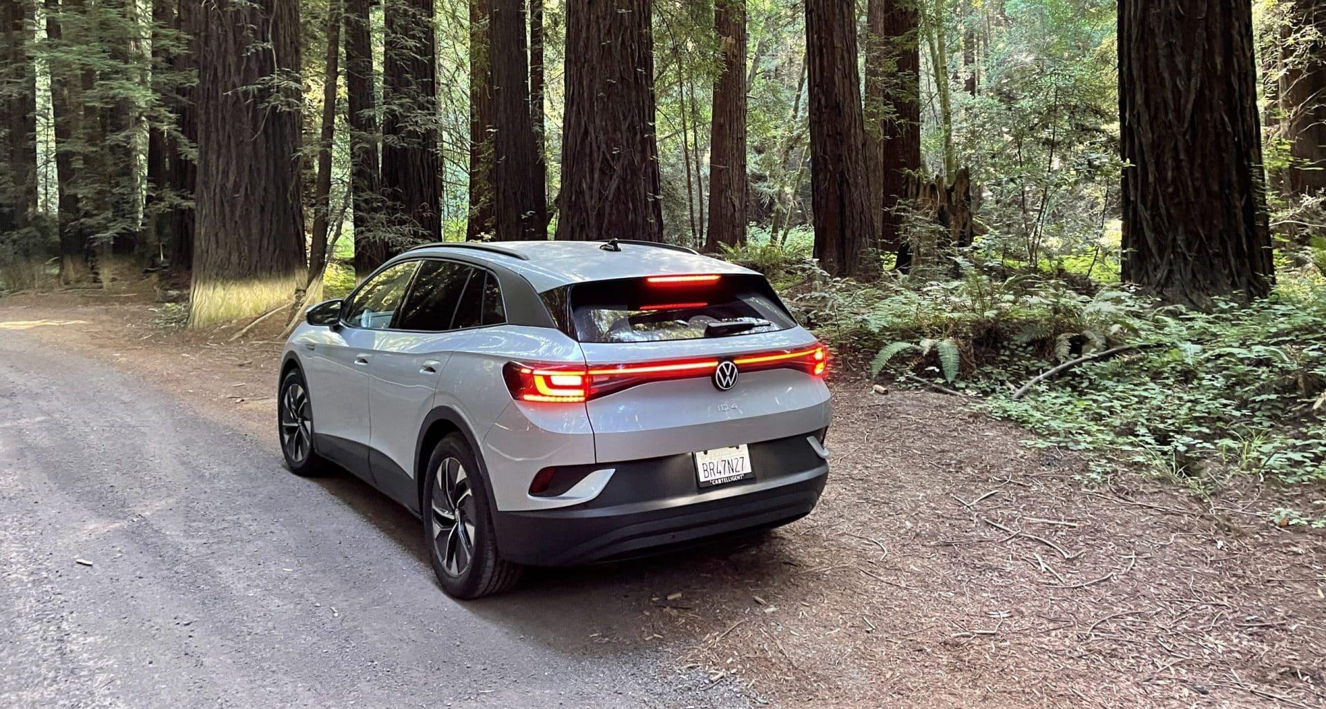 Volkswagen ID.4 in Redwood Forest